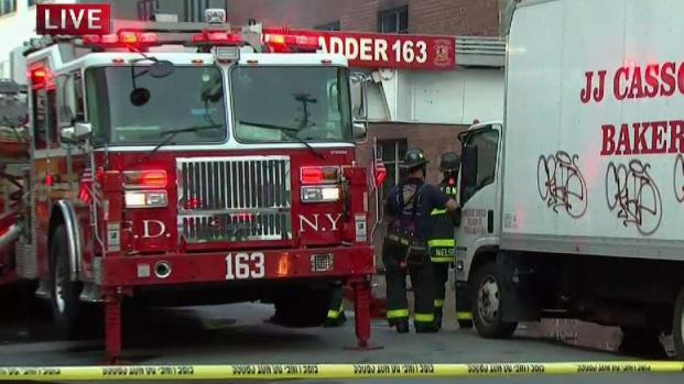 [NY] Firefighters Battling Brooklyn Warehouse Blaze for 6 Hours