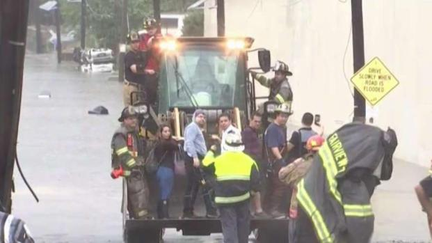Flash Floods Swamps NJ Roads, Triggers Dozens of Rescues