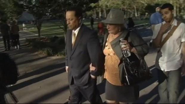 [NY] Judge Postpones Decision on Espada's Bail