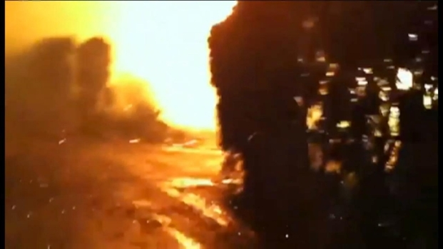 Video: Fire Engulfs Greenwich Mansions as Sandy Storms (Pt. 1)