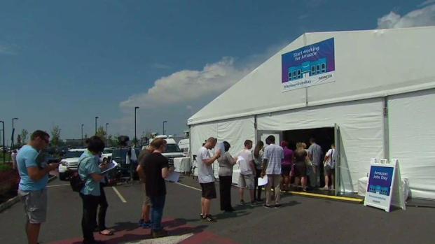 [NY] Hundreds Line Up at Amazon's Job Fair in New Jersey