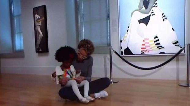 [NATL-DC] Michelle Obama Portrait Painter Meets Girl, 3, Who Went Viral
