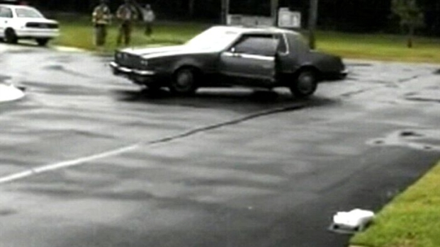 [NEWSC] Caught On Cam: Car Out Of Control