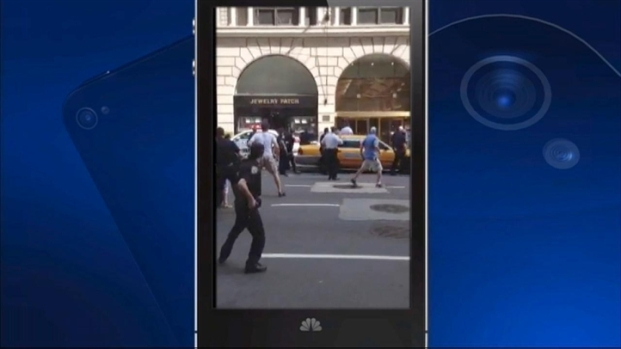 [NY] Witness Video: Police Shoot Man Near Times Square