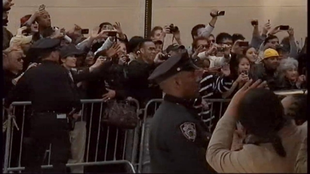 [NY] President Obama Visits Ground Zero in the Wake of Bin Laden's Death
