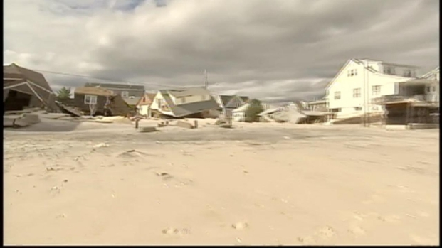[NY] NJ Residents Survey Storm Damage, Seek Refuge