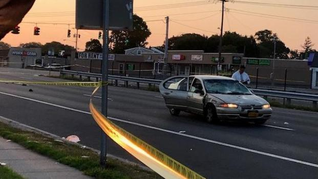 1 Dead In Violent Crash With Parked Backhoe In Brooklyn Nbc New York