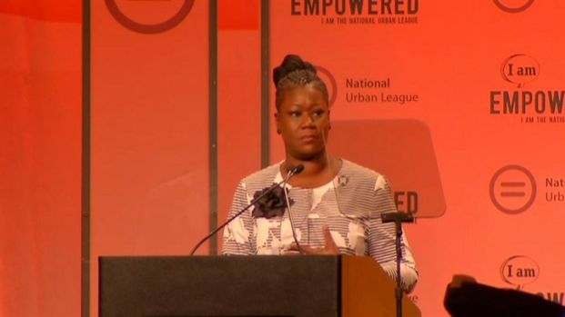 [PHI] Raw Video: Trayvon Martin's Mother Talks in Philly
