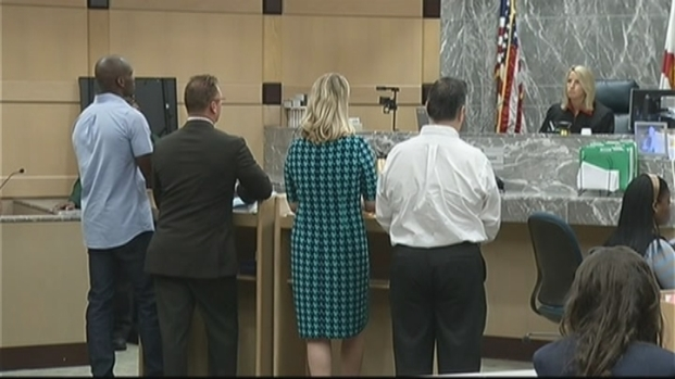 [MI] Raw Video: Chad Johnson Slaps Attorney's Buttocks in Court