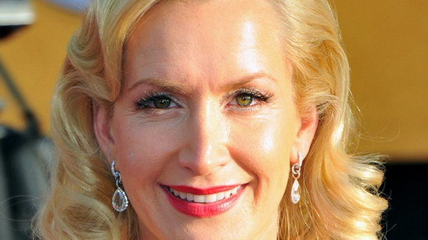"""Angela Kinsey: Steve Carell's Last Day at """"The Office"""" Was """"Emotional"""""""