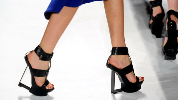 [THREAD-NATL] The Wildest Shoes on the Fashion Week Runways