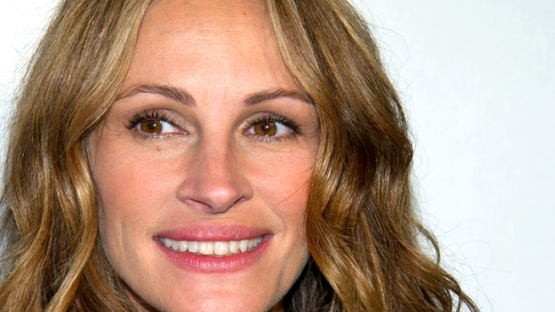 "[NBCAH] Julia Roberts and Tom Hanks Discuss ""Man Spanx"" On ""Larry Crowne"""