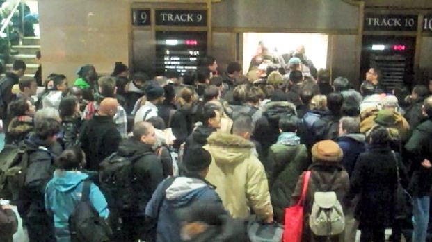 [NY] Transit Changes, Commuters Race to Beat Storm