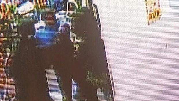 [NY] Newark Airport Restaurant Robbery