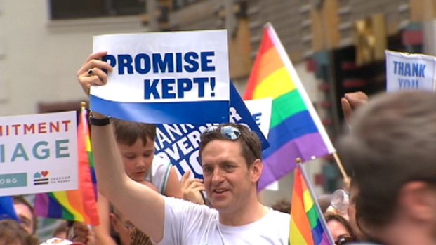 PHOTOS: Gay Pride Parade 2011
