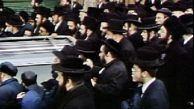 [NY] From the Archives: 1990 Funeral for Slain Popular Brooklyn Rabbi