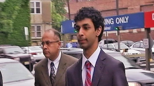 [NY] Raw Video: Roommate Indicted in Rutgers Suicide Case Walks to Court