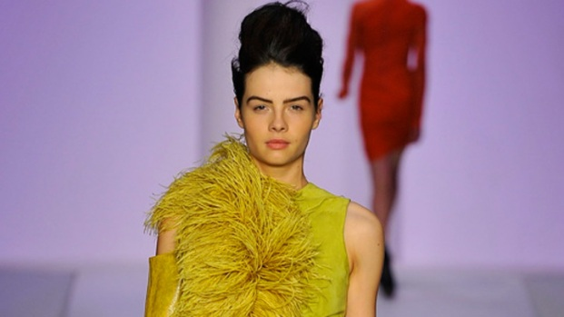 [THREAD] Trend Watch: Feathered Spring Looks