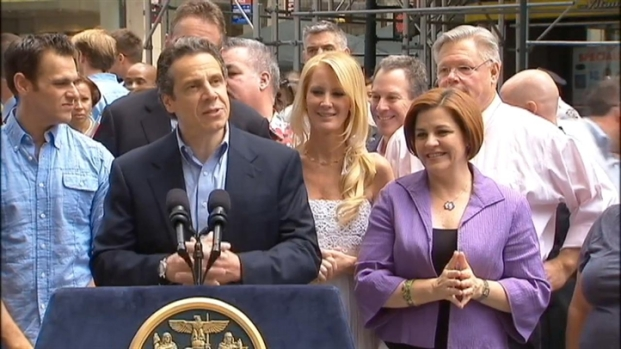 "[NY] Cuomo at Pride Parade: ""NY Has Sent Message Loud and Clear"" [Raw]"