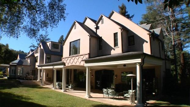 Explore an Exquisite Property In La Canada Flintridge