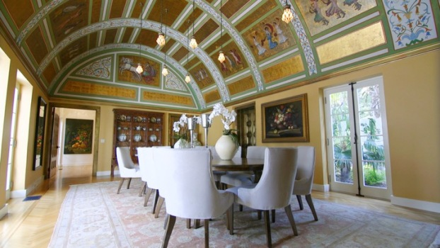 A Tropical Paradise Home Rich In History
