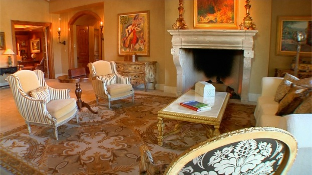 Visit a Stately Palace in Indian Wells