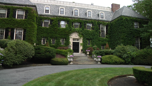 This Week on Open House NYC: A Special English Estates Episode