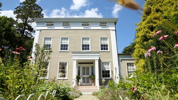 Tour a Sag Harbor Greek Revival Mansion