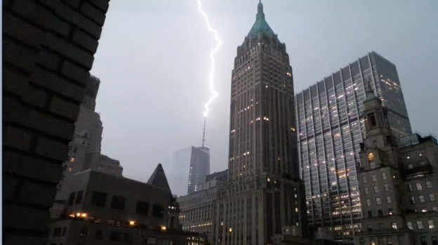Lightning Strikes 1 World Trade Center