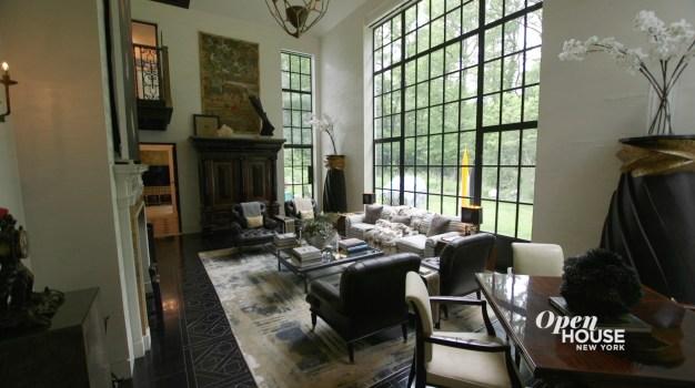 Home Tour: Ernest De La Torre's Clock House