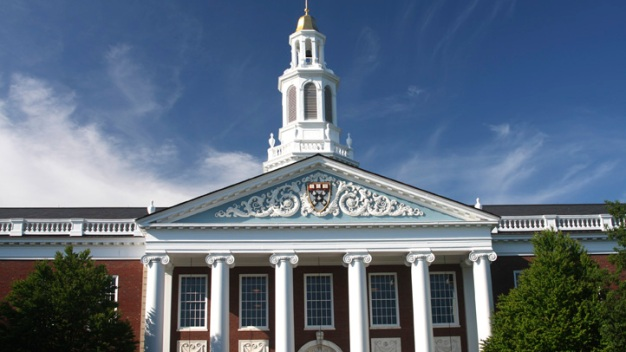 Top Tier Colleges Seeking Out Needy, High-Acheiving Students