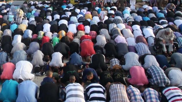 Dozens Dead in Shiite Attack on Sunni Mosque in Iraq: Reports