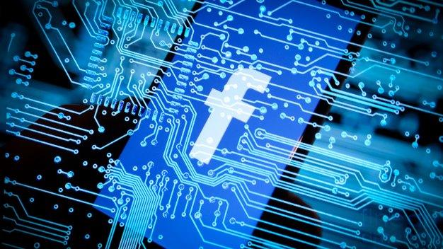 Facebook Advertisers Shrug Off Scandal