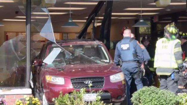 8 Hurt After SUV Slams Into Wendy's on Long Island