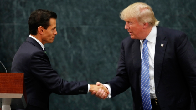 Dispute Over Border Wall Clouds Trump's Mexico Visit