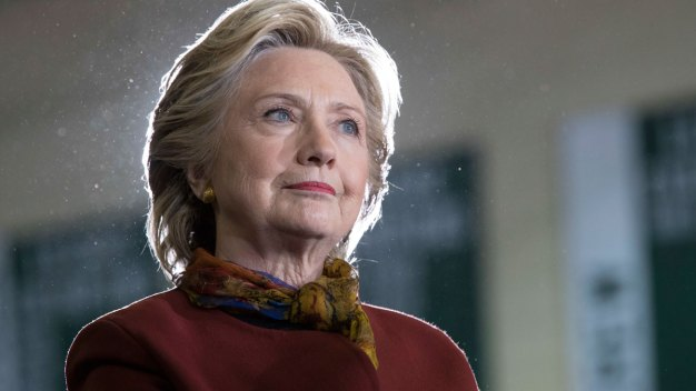 FBI Revisiting Investigation Into Clinton's Email Server