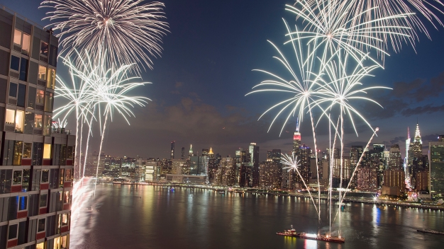 Tri-State Celebrates July 4 From East River to Jersey Shore
