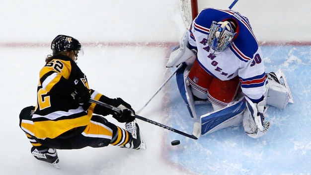 Rangers Beat Penguins, 3-0