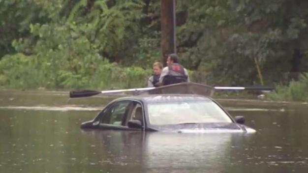 NJ Homeowners Struggle to Clean Up After Days of Flooding