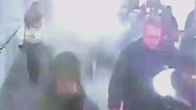 Commuters Shaken After Running Through Smoke Filled Tunnels