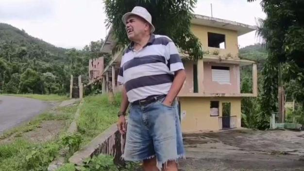 Man From NYC Struggles After Moving to Puerto Rico
