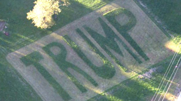 Man Has Latest Giant Trump Lawn Placard