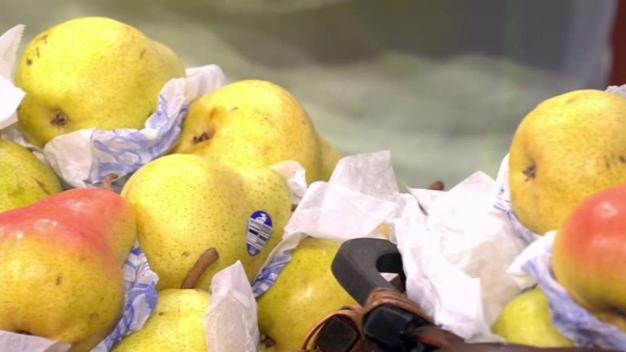 Produce Pete: Bartlett Pears}