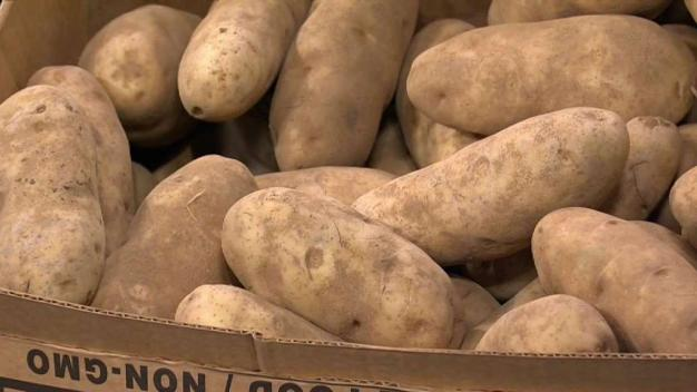 Produce Pete: Russet Potatoes}