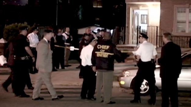 Fugitive Shoots at US Marshals in Queens: Sources