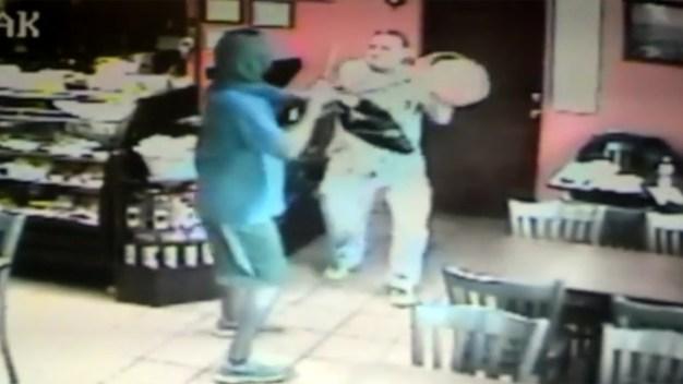 Restaurant Customer Thwarts Knife-Wielding Robber: Police
