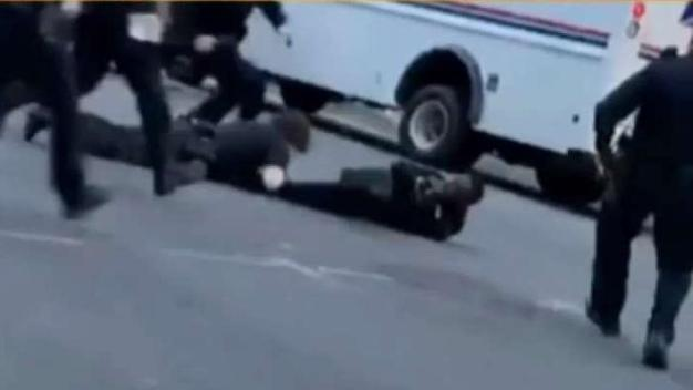 Suspect Tackled By NYPD After Briefly Escaping Custody