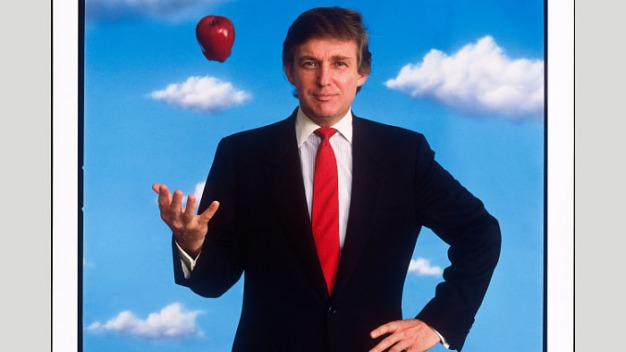 Nat'l Portrait Gallery Set to Hang 1989 Photo of Trump