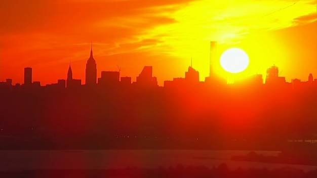 Stunning Red Sunset Over Manhattan Captured by Chopper 4