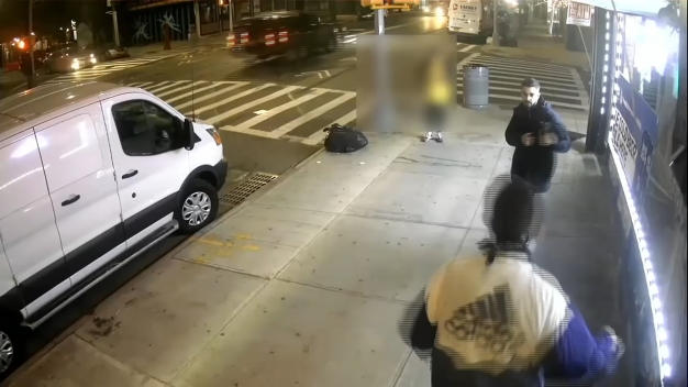 Thieves Caught on Camera Stealing Pricey Bikes: NYPD